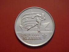 2009-25-cents CINDY KLASSEN Painted Leaf Petro Canada Sport Card