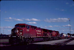 CANADIAN-PACIFIC-RAILROAD-AC4400CW-9591-KODACHROME-ORIGINAL-SLIDE