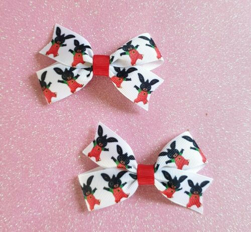 "3/""Handmade Pair of Cbeebies Bing Bunny Grosgrain Ribbon Hair Bow Clips or Bobble"