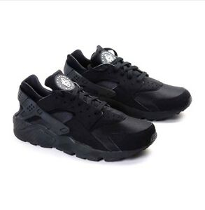 the best attitude 8a362 da931 Image is loading NIKE-AIR-HUARACHE-MEN-TRIPLE-BLACK-BLACKOUT-ALL-