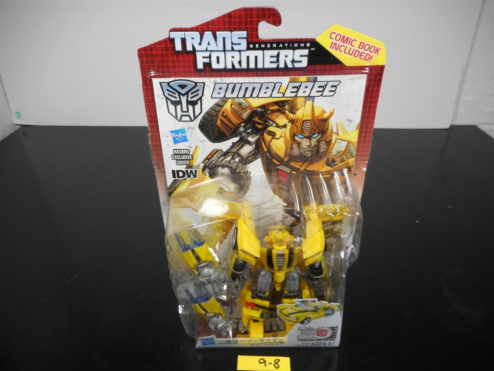 NEW & SEALED   TRANSFORMERS GENERATIONS IDW BUMBLEBEE 30TH ANNIVERSARY COMIC 9-8
