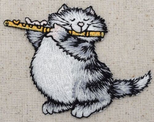 Playing//Flute//Music Pets Iron on Applique//Embroidered Patch Gray Cat//Kitten