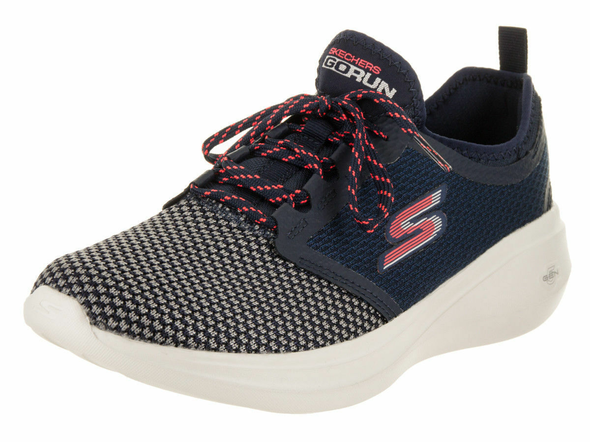 SKECHERS WOMENS GO RUN FAST-INVIGORATE RUNING SHOES GOGA MAX  NVCL