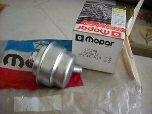 NOS-MOPAR-1979-amp-UP-DODGE-PLYMOUTH-CHRYSLER-AIR-CLEANER-BREATHER-4273322