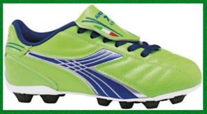 NEW DIADORA FORZA SOCCER Cleats Youth Junior Size 11 US UK 10.5 Neon Green