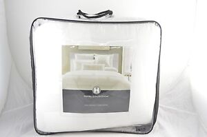 Hotel-Collection-Frame-White-Full-Queen-Comforter-MSRP-350-O153