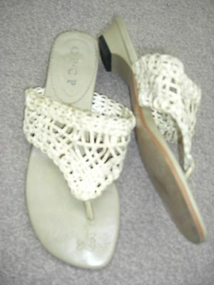 Sandalias con estampados de Encaje para Damas Beige Talla 36