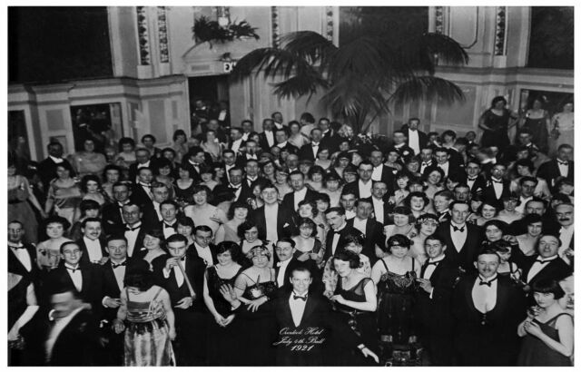 F-692 The Shining Overlook Hotel 4th of July Ball Ballroom Poster 27x40in Print