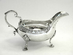 ANTIQUE-GEO-III-GEORGIAN-SOLID-SILVER-SAUCE-BOAT-GRAVY-JUG-LONDON-1768