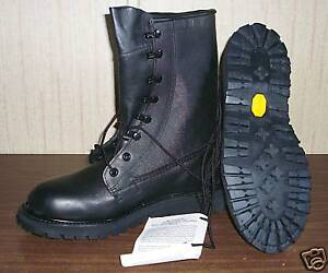 5982f923363 Details about Wolverine Cold Weather Military Boots 13.5 N .NWT ..
