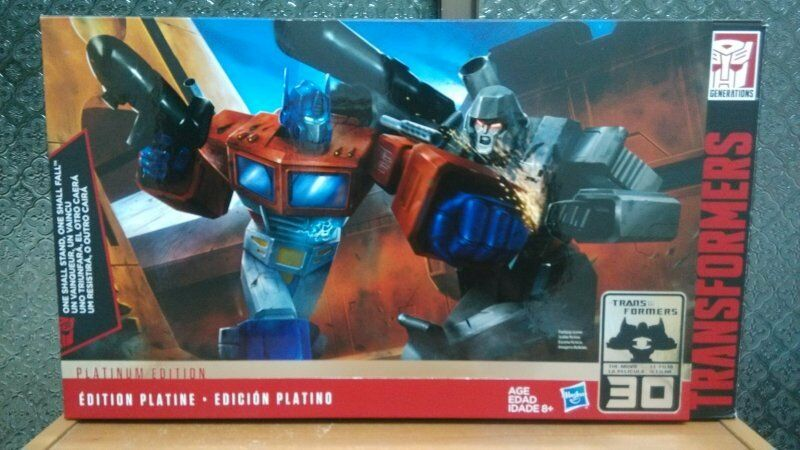 Transformers Platinum Edition Optimus Prime & Megatron Set action figure
