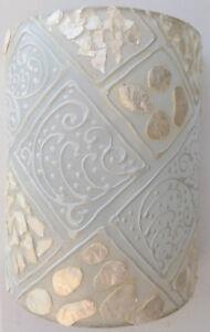Applique-in-resina-e-madreperla-bianca-cm-25x13x30-etnico-luce-da-muro-moderno-3