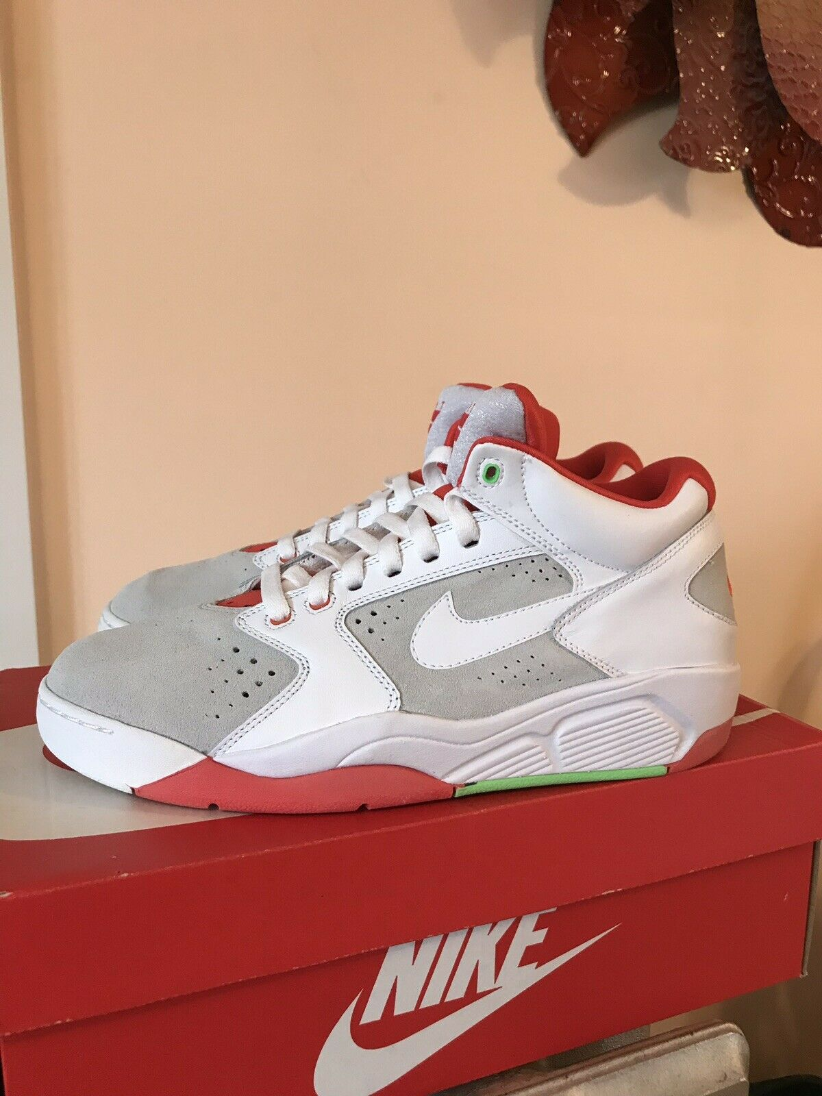 Nike Air Flight Lite 15 Hare Scottie Pippen Size 9.5