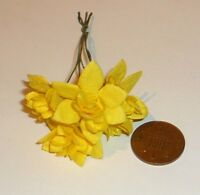 5 MULBERRY PAPER NARCISSI IDEAL FOR CARD MAKING, IDEAL FOR EASTER, FLORAL CRAFT