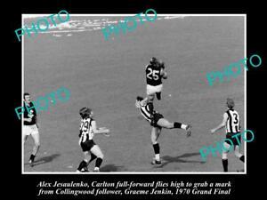 OLD-HISTORICAL-PHOTO-OF-CARLTON-FC-GREAT-ALEX-JESAULENKO-1970-GRAND-FINAL-MARK