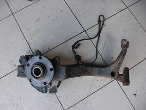 Achsschenkel-Radlagergehaeuse-VW-Passat-3B-rechts-110-PS-TDi-AFN-8D0407258T