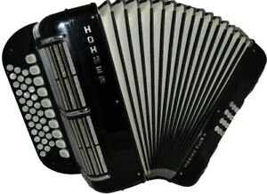 Hohner Morino Club N C/F  excellent condition!!!