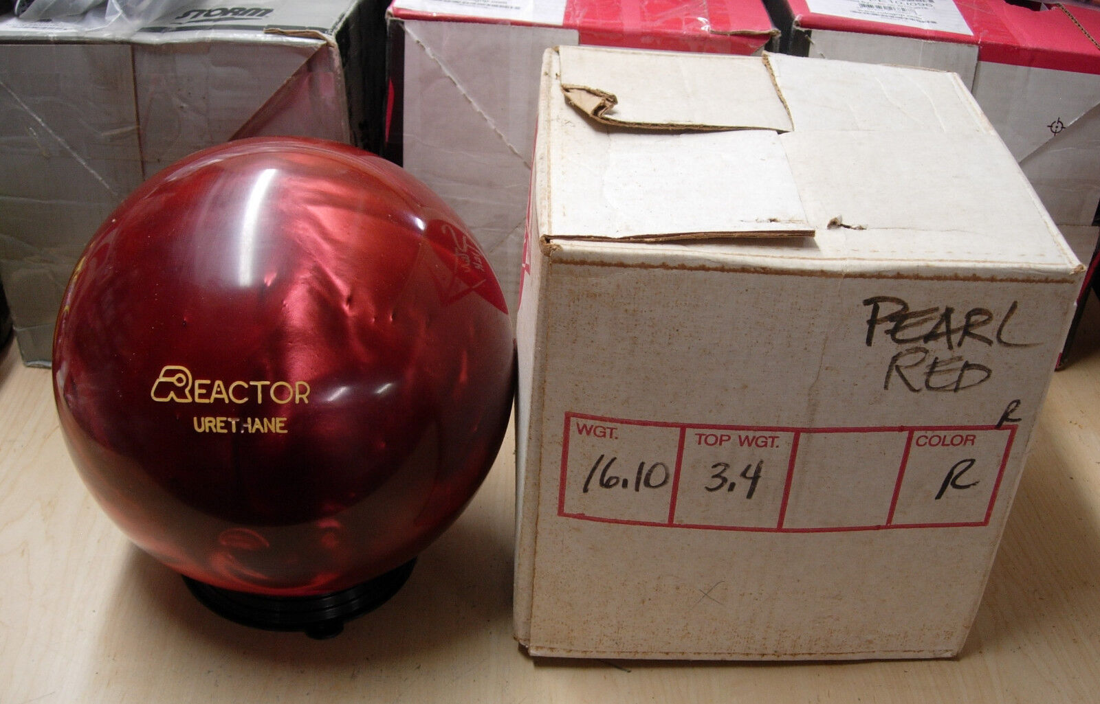 = 16.10, TW 3.4 1987 Star Trak REACTOR Urethane Red Pearl, Solon, Ohio