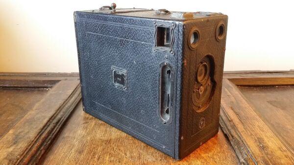 1905 Antique Houghton Klito No. 0 Falling Plate Box Camera Beau Lustre