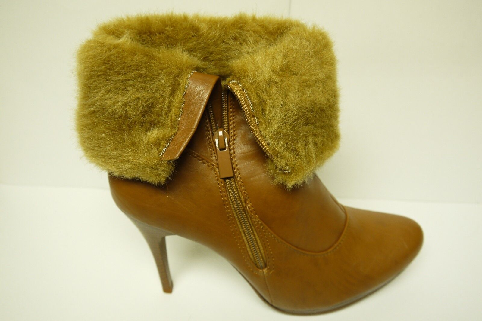 f9bacc00f00fe ... Women s Forever Forever Forever Link Natalia 58 Tan Fashion Boots  Multiple Sizes Brand New 8f3298 ...