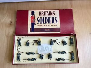 RARE-Vintage-Britains-Soldiers-Infantry-Of-The-Line-No-1383-14-Pcs-Belgium-Army
