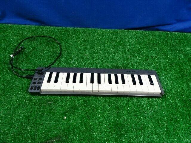 M-Audio Keystation Mini 32 32-key Portable USB Keyboard Controller