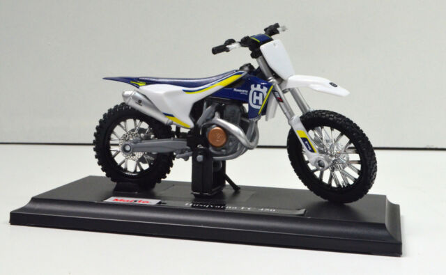 Husqvarna FC 450 Scale 1:18 Motorcycle Model of Maisto