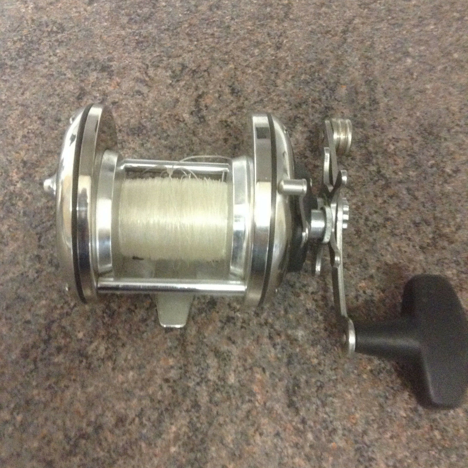 Penn 220 GTO CS Non Level Wind Multiplier Reel sea  fishing