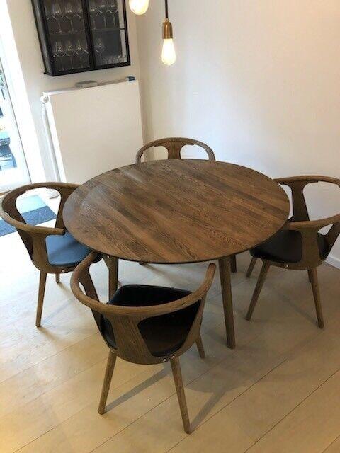 Flott Spisebord, Smoked oak, &Tradition – dba.dk – Køb og Salg af Nyt og IU-06