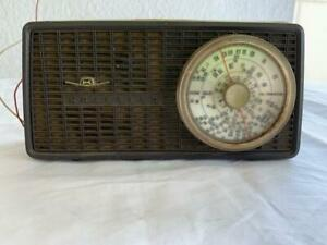 COLLECTABLE-VINTAGE-KRIESLER-41-32-TRANSISTOR-RADIO