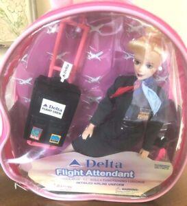 Delta-Flight-Attendant-Doll-by-Daron-Item-DA-200-In-Case-With-Luggage-NIB