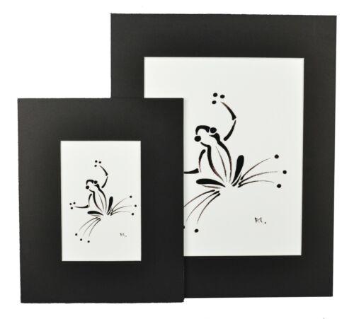 """Gecko Black Matted Print 8/""""x10/"""" framed or unframed."""