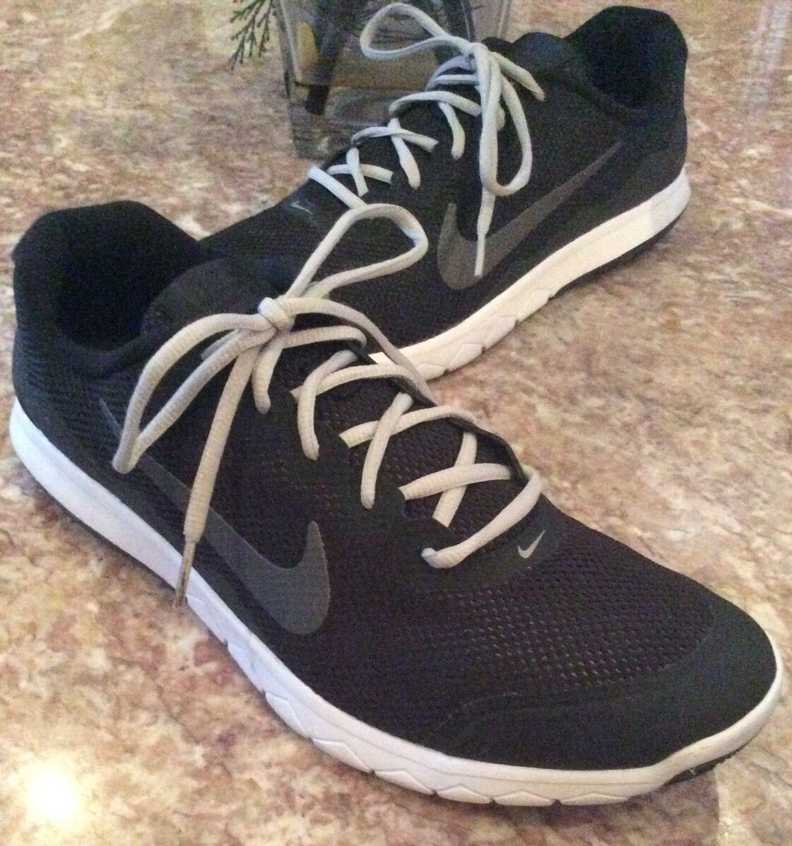 NIKE Flex Experience RN 4 Men's Black White Running shoes Sz 12, 749172-001 EUC