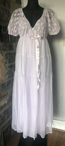 Vintage Lingerie Silky Nightgown with Old World Lace Size Medium VL172