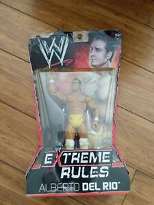 (4b1) WWE Wrestling Extreme Rules Alberto Del Rio Action Figure damaged package
