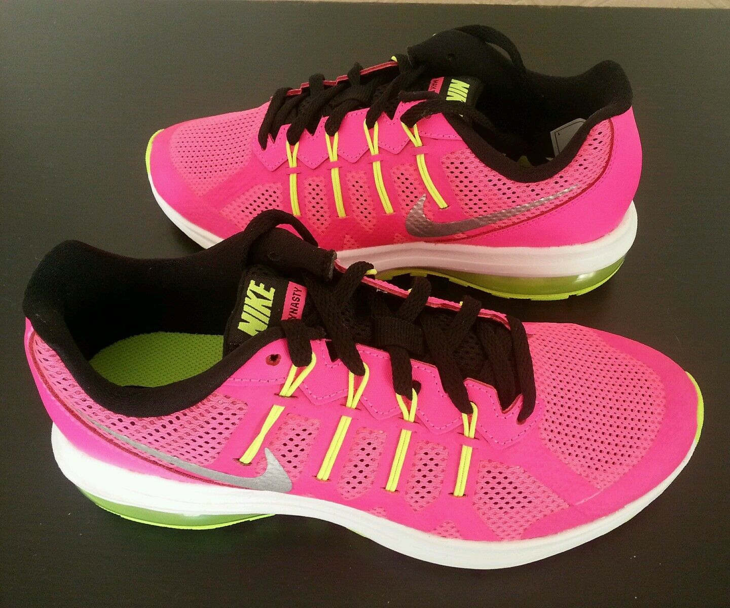 Brand New femmes Chaussures SNEAKERS NIKE AIR MAX DYNASTY