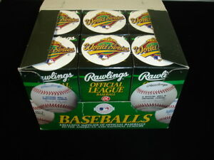 Lot-of-12-1996-Official-World-Series-Baseballs-MINT-in-Original-sealed-boxes