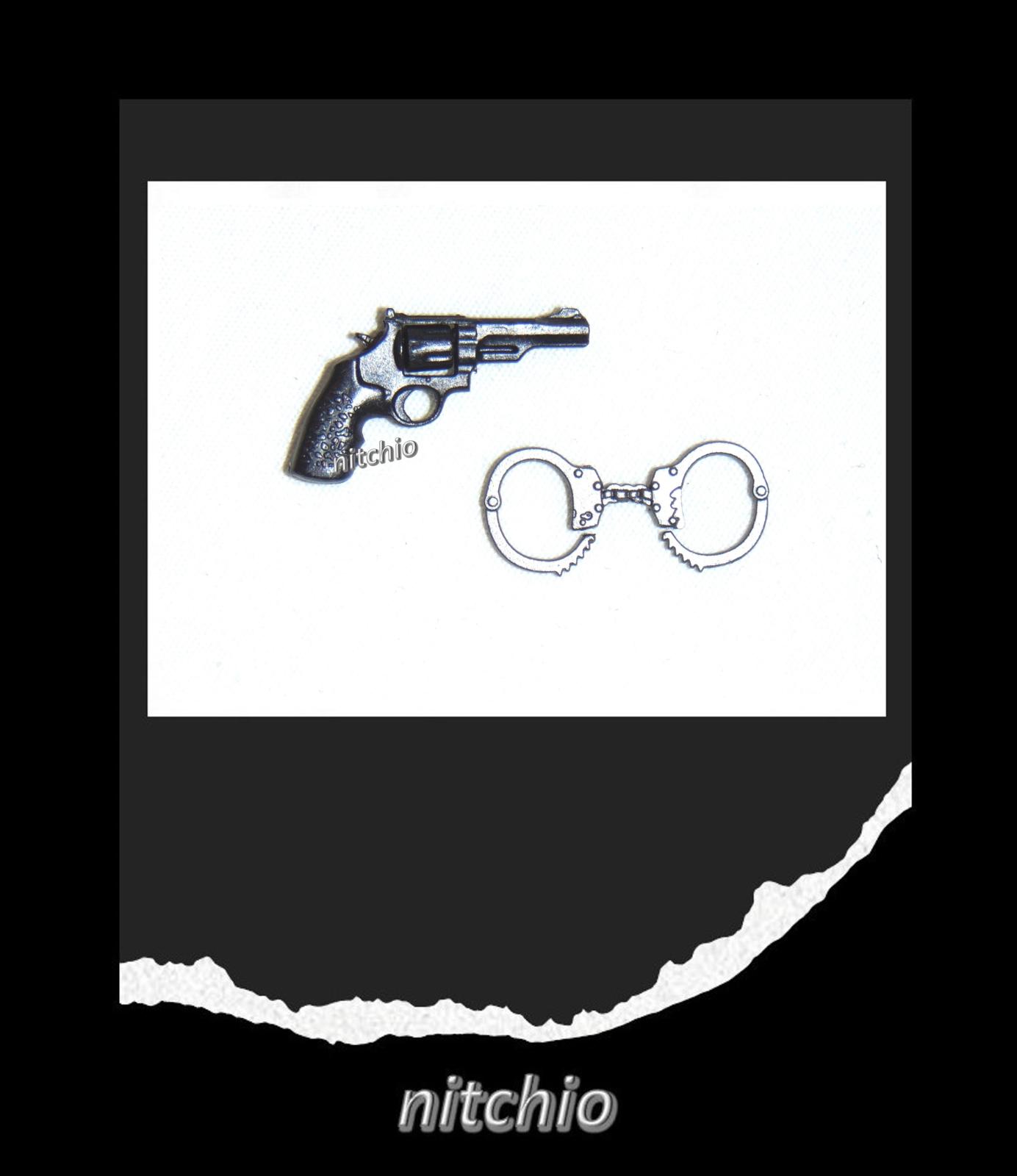 Mezco One:12 RETURN OF THE BAKER'S DOZEN – REVOLVER & PAIR OF HANDCUFFS on eBay thumbnail