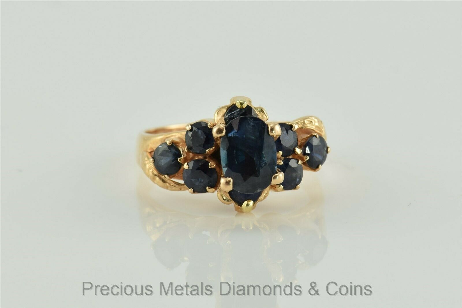 Antique 18k Yellow gold 2 TCW bluee Oval Sapphire Solitaire w Accents Ring Sz  6
