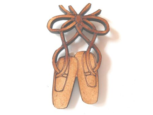 10x WOODEN BALLET SHOES SHAPES gift tag craft card scrapbook embellishment art