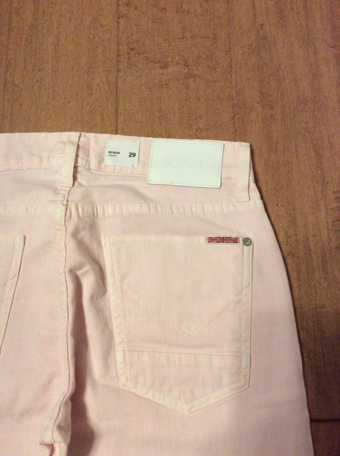 HUDSON Byron Straight Leg Ladies Lightweight Jeans Light Pink Size 29 NWT