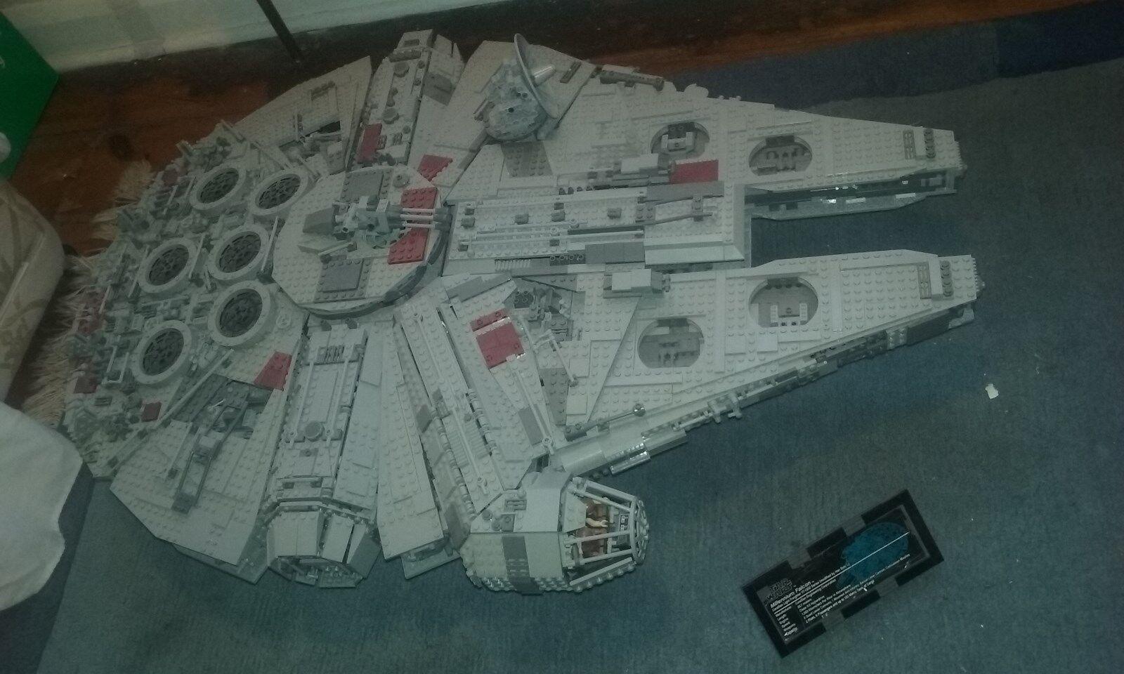 LEGO STAR WARS MILLENIUM FALCON 10179 RARA