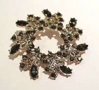 Napier Green Rhinestone Pin Brooch W Vintage Look Circle Wreath Gold Tone W Box