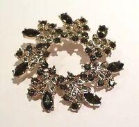 Napier Green Rhinestone Pin Brooch W Vintage Look Circle Wreath Gold Tone W Box