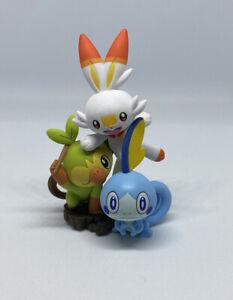 Scorbunny /& Sobble Grookey Pokemon Collector/'s Box Figurine