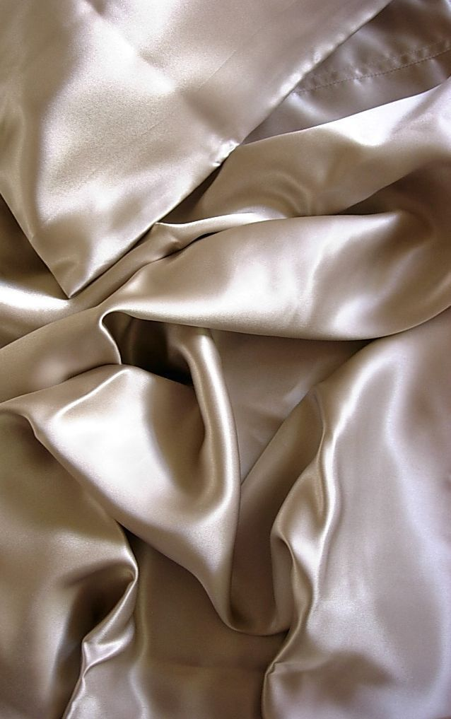 100% Mulberry silk charmeuse Flat sheet Twin 70x108 Champagne Feeling Pampered