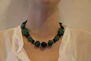 Halskette-Perlenkette-gruen-Schwarz-silber-Malachit-MIYUKI-Perlen