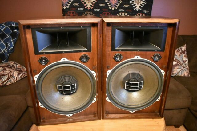 Custom Made Mahogany Speaker Stands for Pioneer Model CS901A  Speakers