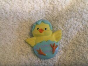 Hallmark PIN Easter Vintage BLUEBIRD with FLOWER Blue Bird Holiday Brooch A//I