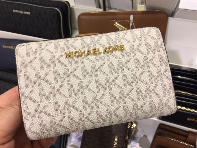 c7868d6963cb Michael Kors Jet Set Travel Bifold Zip Coin Wallet Card Holder PVC (  Vanilla)